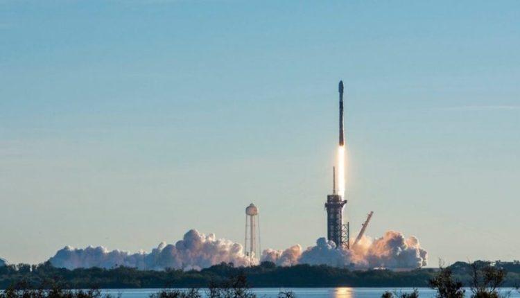 Lëshohen 60 satelitë të tjerë në atmosferë