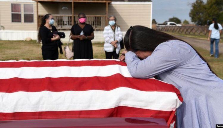 Ekspertët: SHBA, 500,000 të vdekur nga COVID deri në 20 shkurt