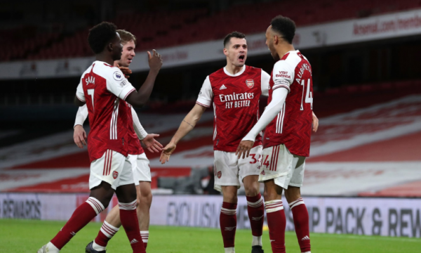 Arsenali triumfon bindshëm ndaj Newcastle