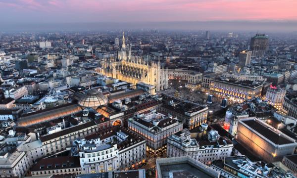 Në këtë qytet të Europës nga nesër nuk mund të pish duhan në parqe dhe stacione tramvaji