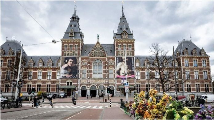 Dorëhiqet qeveria holandeze