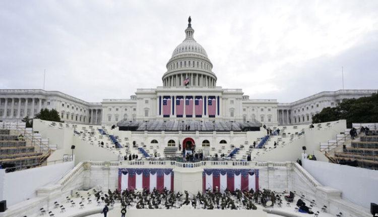 Bajden inaugurohet sot, Trampi bojkoton ceremoninë