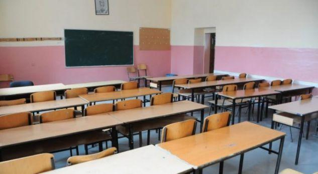 Të enjten fillon gjysmëvjetori, nxënësit kërkojnë të kthehen në bankat e shkollës