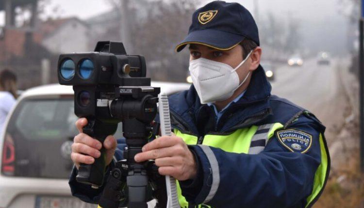 Autostrada Tetovë-Shkup, policia kap në radar 88 vetura për vozitje të shpejtë