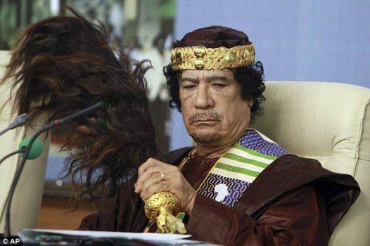 'Haremi i Gaddafit', zbulohen orgjitë e diktatorit: si i përdhunonte, rrihte dhe urinonte vajzat e reja