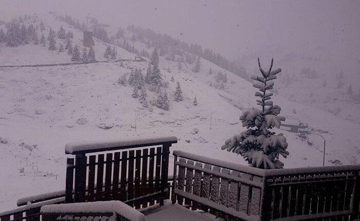 Më shumë borë dhe më ftohtë në Kodër të Diellit