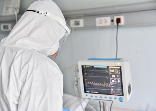 Nëntë viktima dhe 294 raste të reja me koronavirus në Kosovë