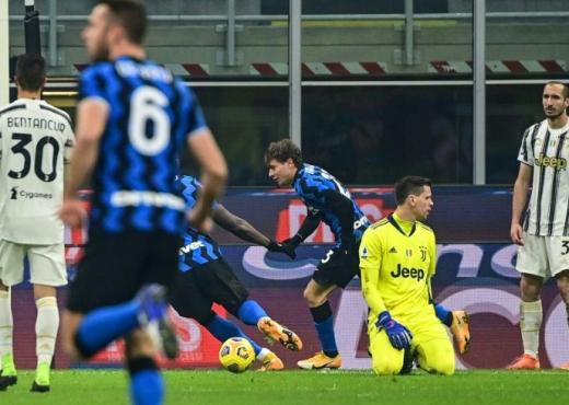 Del Piero kritikon Pirlon: Pse e vendosi Ramsey-n përballë Hakimit?