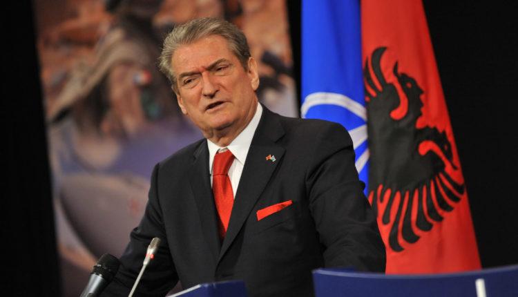Berisha i përgjigjet ashpër Vuçiqit