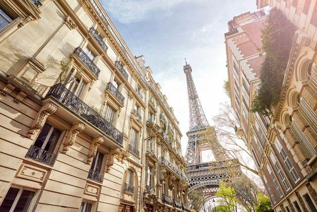 Si të pretendosh se je në Paris?