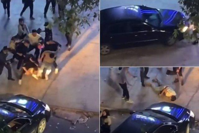 Pamje tmerruese/ 15 persona rrahin barbarisht të riun dhe e marrin zvarrë me makinë (FOTO)
