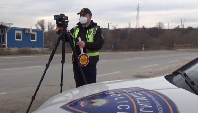 70 kilometra në orë më shumë nga e lejuara, gjobiten 65 vozitës në autostradën Gjevgjeli-Kumanovë