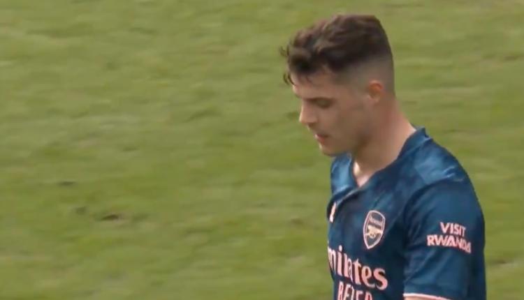 Gafa në ndeshjen me Burnley, Xhaka: Më falni, unë jam fajtori