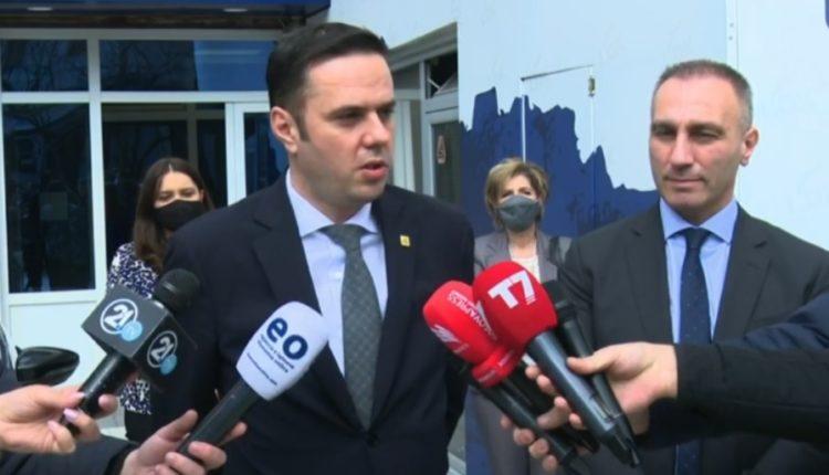 Strukturat e LDK-së në diasporë do t'i ndihmojnë mërgimtarët shqiptare të RMV-së të regjistrohen, premton Abdixhiku