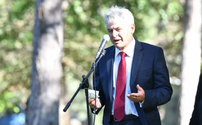 Ali Ahmeti sot në ora 12:00 nga parku i qytetit të Shkupit ju drejtohet qytetarëve