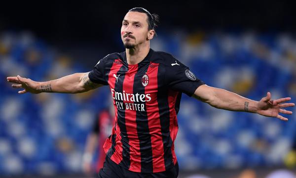 Ibrahimoviç rinovon kontratën me Milanin