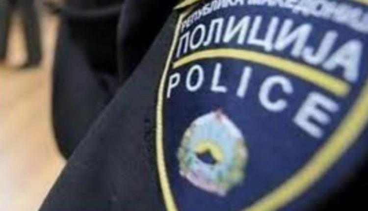 Të shtëna me armë zjarri në Shkup, plagoset një person