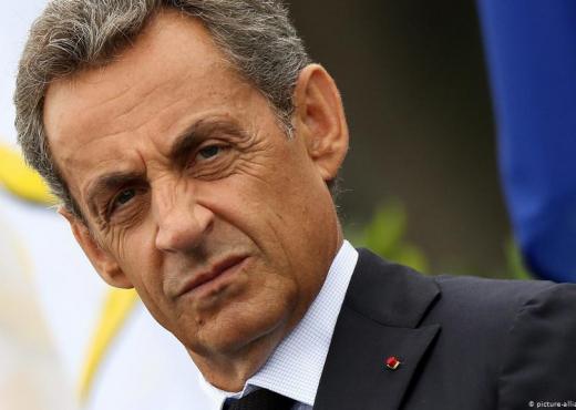 Dënohet me 3 vite burg ish-presidenti francez Sarkozy
