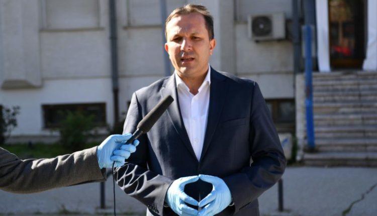 Spasovski: Më mirë masa kufizuese se sa ngarkim të sistemit shëndetësor