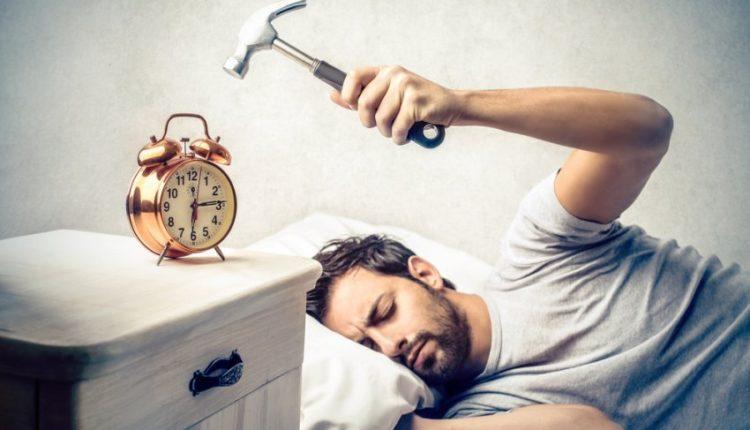 Nuk jeni një person mëngjesi? Keni vështirësi për tu zgjuar? Ja disa këshilla për ju