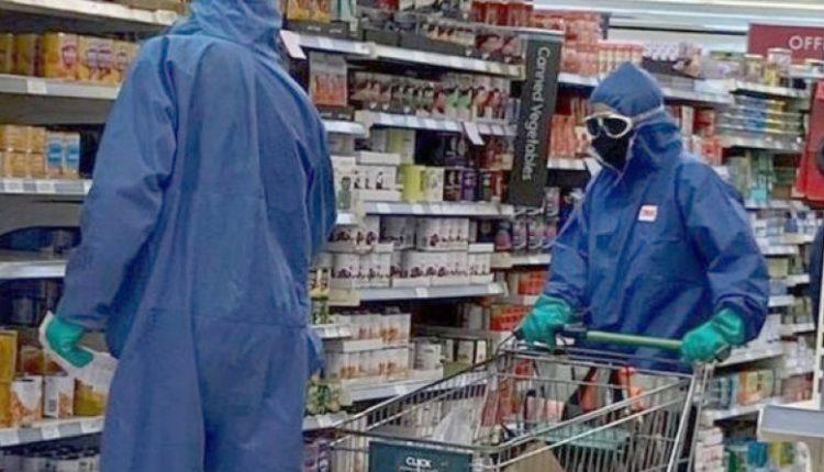 Kohë pandemie, kështu blen ushqime ky çift në Britani (FOTO)