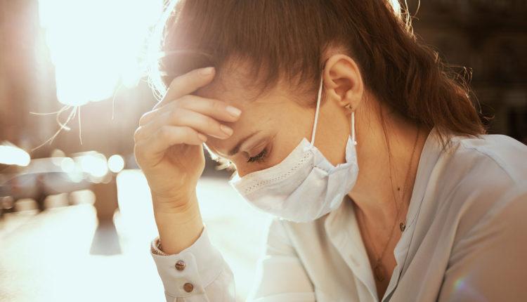 Një në tre të mbijetuar nga COVID-19 përballet me depresion