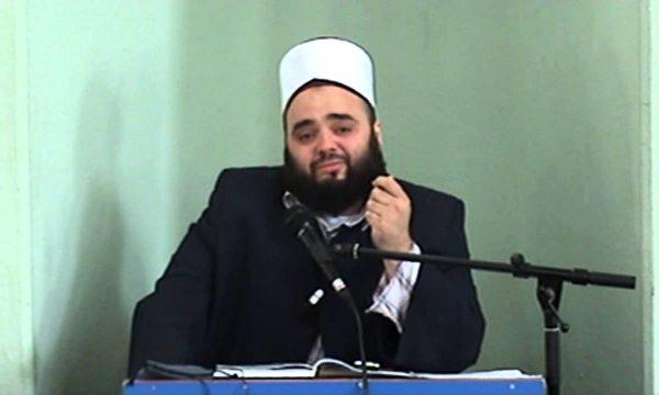 Hoxha Fatmir Latifaj i kthehet xhematit dhe xhamisë së Shipolit