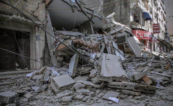 Gruaja shtatzënë dhe 4 fëmijë të vrarë nga bombardimet e Izraelit në Gaza