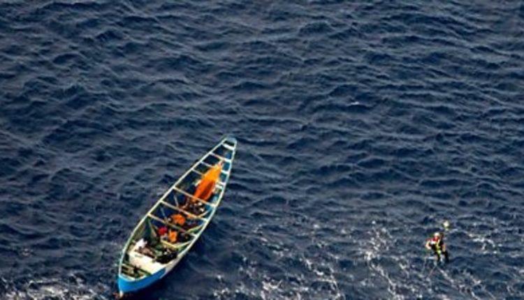 E vetmja e mbijetuar, adoleshentja qëndroi në det të hapur për 3 javë pa ujë dhe ushqim