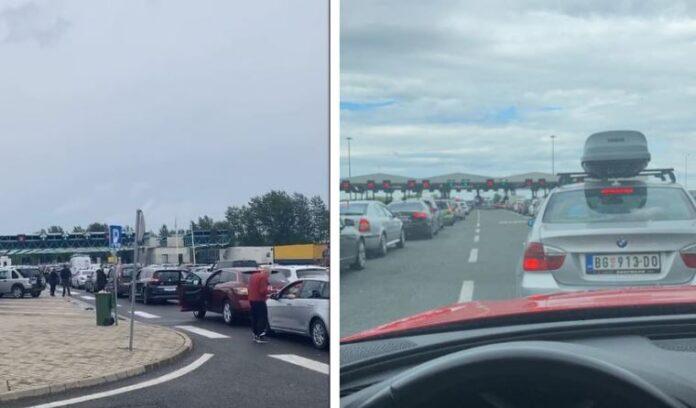 Mërgimtarët po presin deri në 8 orë në pikat kufitare Serbi – Hungari