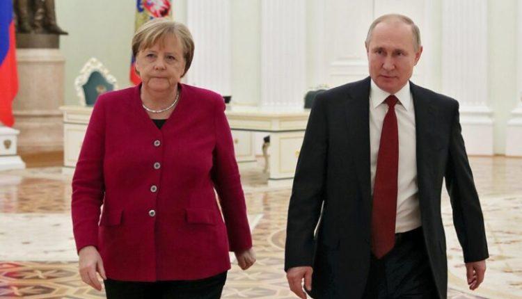 Putin dhe Merkel shënojnë përvjetorin e përfundimit të Luftës së Dytë Botërore