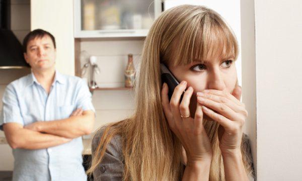 Arsyet e vërteta se përse tradhtojnë gratë