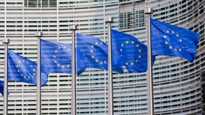 """""""Në gjashtë muajt e ardhshëm ose do ta ripërtërijmë kredibilitetin e BE-së në Ballkan ose do ta humbim"""""""