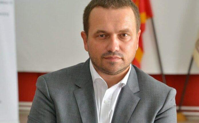 Shefi i Diplomacisë Osmani më proaktiv se shumica e ministrave maqedonas