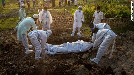 India gjatë 24 orëve të fundit regjistroi mbi 4 mijë viktima nga koronavirusi