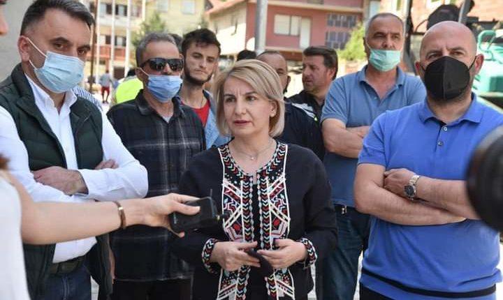 Teuta Arifi vazhdon aktivitetet intensive. Bëhet rekonstruimi i plotë i rrugës Dritan Hoxha!