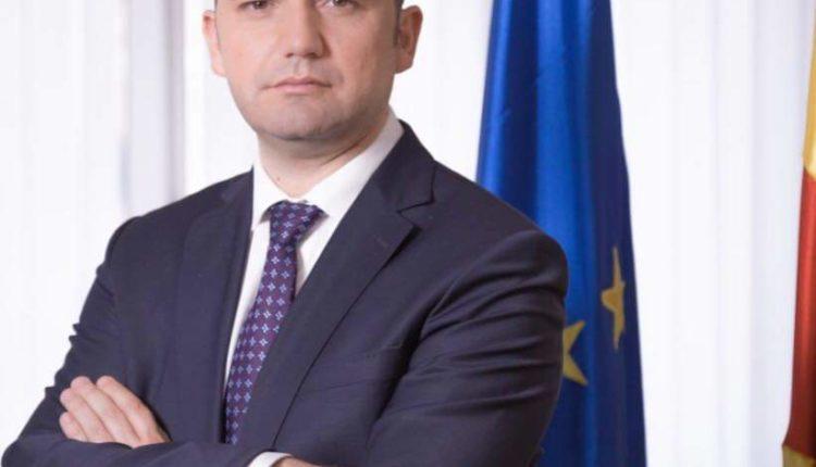 Osmani sot do t'i brifojë ministrat e punëve të jashtme të vendeve anëtare të BE-së