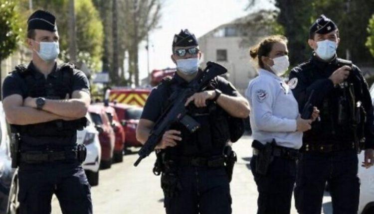 Vritet me thikë një 17 vjeçare në Francë, autor i ngjarjes dyshohet një 15-vjeçar
