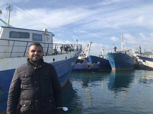 Peshkatarët e huaj mbajnë në det flotën shqiptare të peshkimit