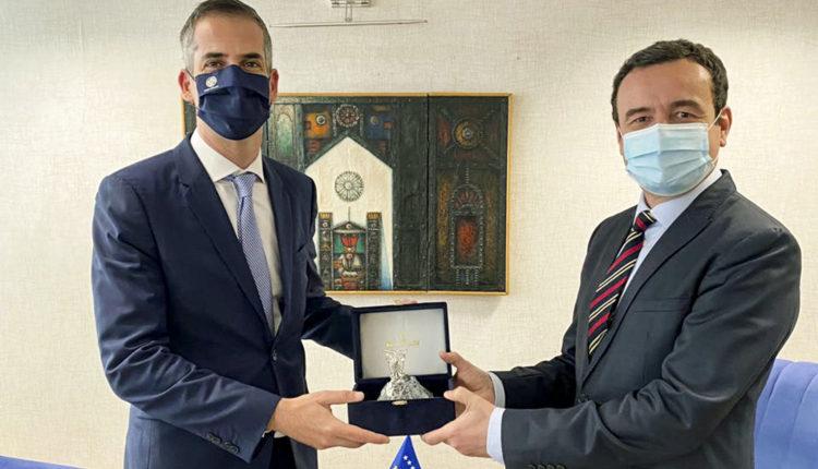 Kryetari i Athinës edhe me Kurtin thotë se Greqia mbështet heqjen e vizave për kosovarët