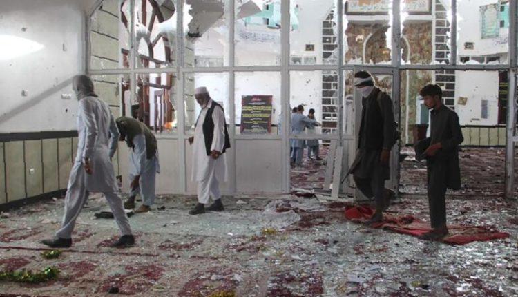 Sulm më bombë në një xhami të Kabulit, vriten 4 persona