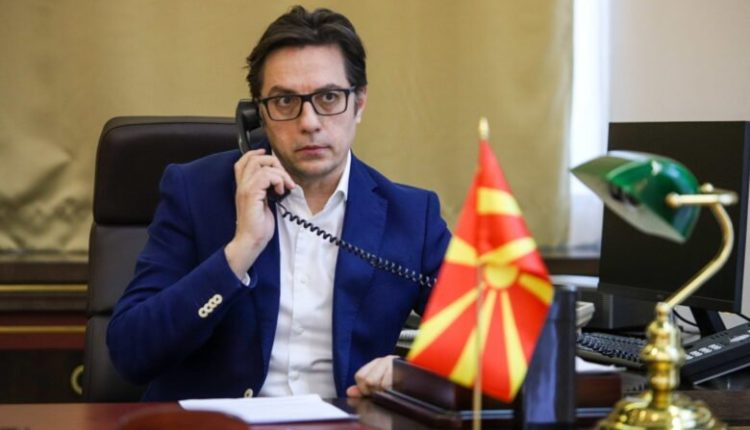 Pendarovski nuk firmos Dekretin për Ligjin për ndërtimet pa leje