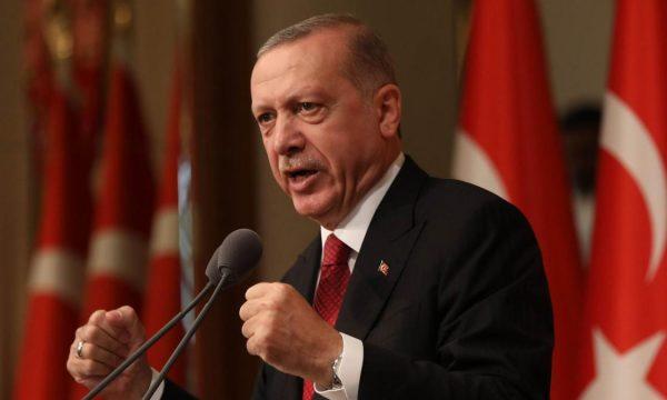 Turqia lehtëson disa masa të izolimit