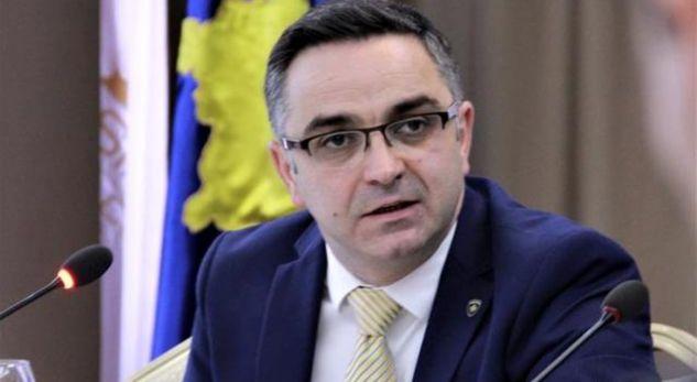 Tahiri: Qeveria është dorëzuar, po e pranon që s'ka vizion