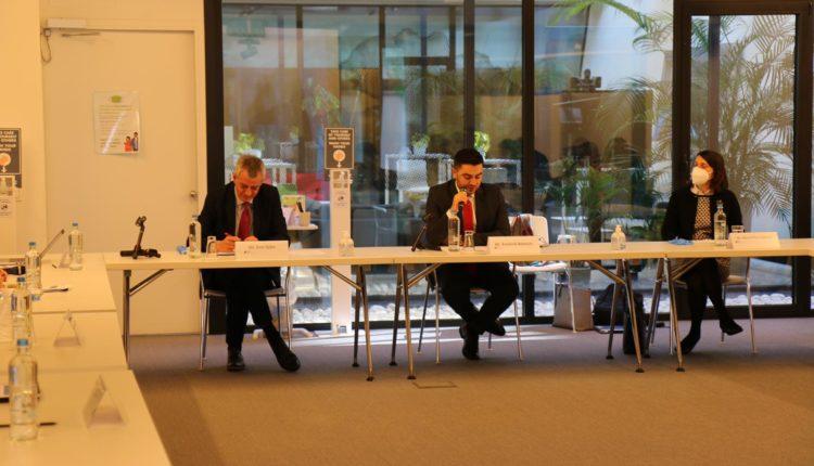 Bekteshi në takim ambasadorët dhe Drejtorin e CEFTA -s, Djikic: Heqja e pengesave në tregti do të mundësojë prosperitet dhe mirëqenie për të gjithë qytetarët