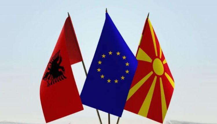 Del dokumenti i brendshëm i BE-së: Të nisin sa më shpejt negociatat me Shqipërinë dhe RMV-në
