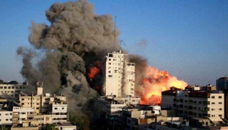 Izraeli sulmon një kamp refugjatësh, 12 të vrarë, mes tyre nëna me 3 fëmijë