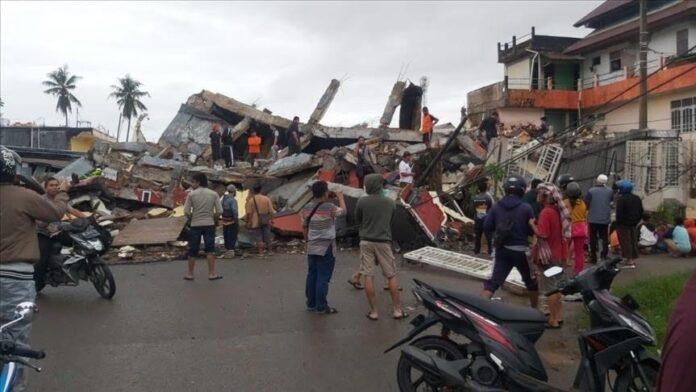 Indonezia goditet nga një tërmet 6.6 ballë