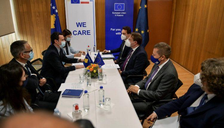Kurti shpreh mirënjohjet e tij ndaj BE-së për ndihmën e vaksinave anti-Covid