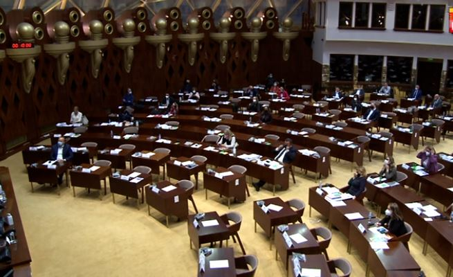 Ligji për legalizimin e ndërtimeve ilegale kthehet në Kuvend